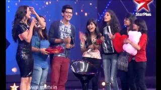 Deepika Padukone goes gaga over Darshan Raval