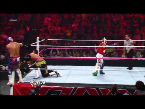 Rey Mysterio & Sin Cara vs. Primo & Epico: Raw, October 1, 2012