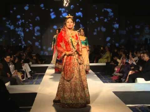 Raveena Tandon Fashion Show In Nepal video