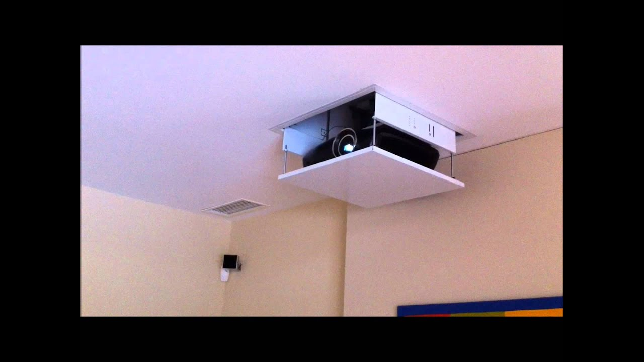 Installation d 39 un cran et vid oprojecteur youtube - Support videoprojecteur plafond encastrable ...