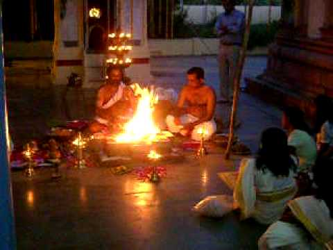 Maha Ganapathi Homam.avi video