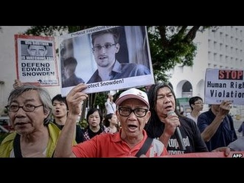 Edward Snowden due to quit Moscow in Ecuador asylum bid