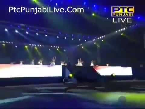 Amrinder Gill Yaarian LIVE Performance Brand New Punjabi song...