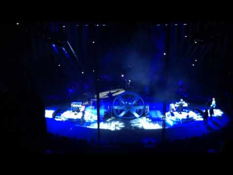 The Thunder Rolls - Garth Brooks Live- Rupp Arena, Lexington, KY