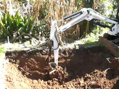 Digging Hole Ham Radio Mudducks and Aliens
