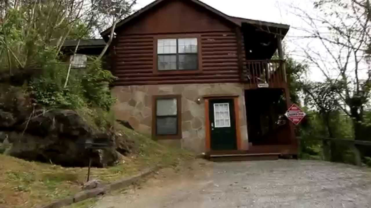 Quot affordable 2 bedroom cabin near dollywood cabins usa youtube