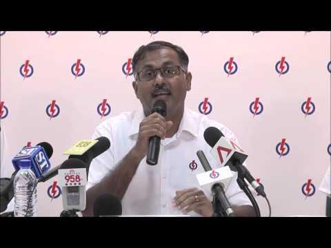 PAP Candidate Murali Pillai for Bukit Batok SMC speaks in 4 Languages Singapore