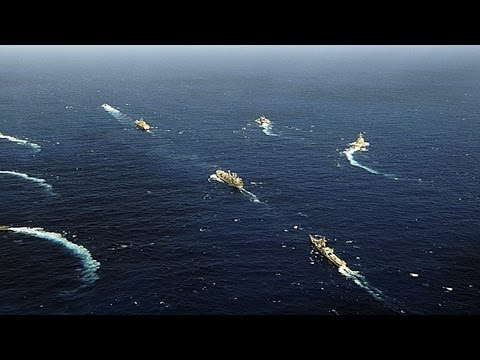 Japanese military parade shows its muscle before china 日本强化军事存在兵力發張因人憂