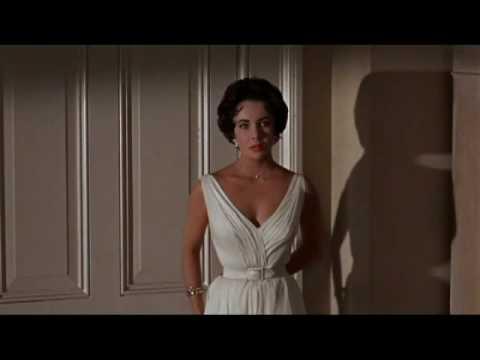 Eyeing Elizabeth Taylor (Silent Video)