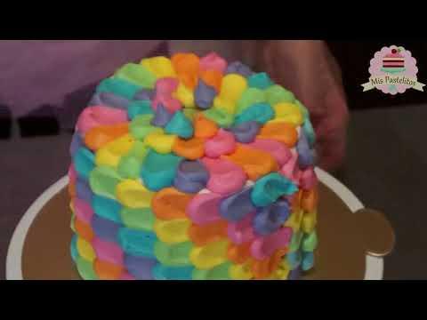 PASTEL DE PÉTALOS ARCOÍRIS CON BETÚN DE MANTEQUILLA (Petal Cake Tutorial)