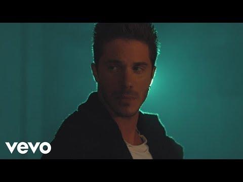 Download Νίκος Οικονομόπουλος - Για Κάποιο Λόγο (Official Music Video) Mp4 baru