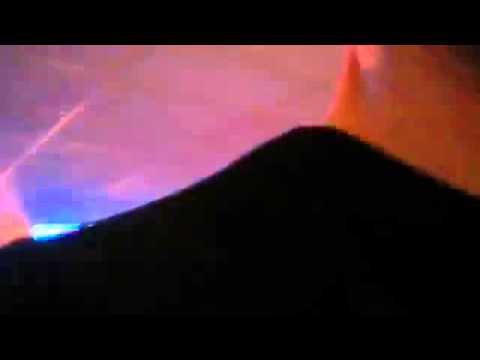 Amateurbeelden van brand Dolfijn Bowling in Tilburg (beeld: Omroep Tilburg)