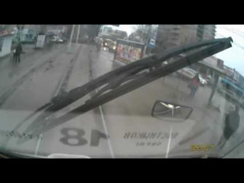 ДТП в Самаре: трамвай снес машину