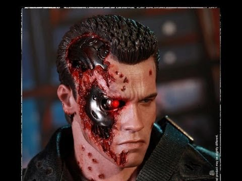 Hot Toys DX13 Sideshow Exclusive T2 Battle Damaged T800 Full Review