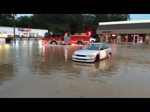 Flooding forces shopping center evacuations