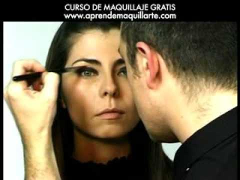 Trucos de maquillaje profesional - ojo ahumado