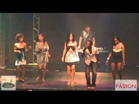 04 - Garota Atrevida - Gaby Fernandes irmaos Verdades zouk Passion 2011.mpg video