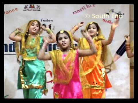 Gidda - Punjab, dance performance by Girls of South End Public School