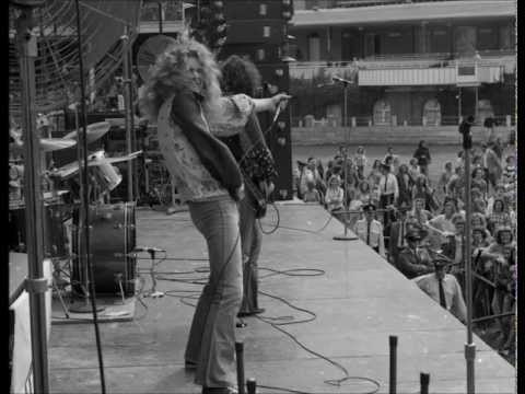 01 Immigrant Song  Led Zeppelin  in Adelaide 2191972
