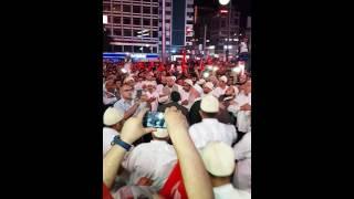 15 temmuz Darbeye karşı Kızılay meydanında zikir halkası. Ankara Kızılay