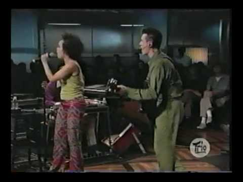 Dance on vaseline - David Byrne Sessions at West 54th Street 10131998.avi