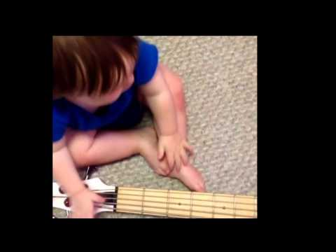 .:xxxmmyk1d$$xxx:. Playing Skrillex Live [no Chield Porm] video