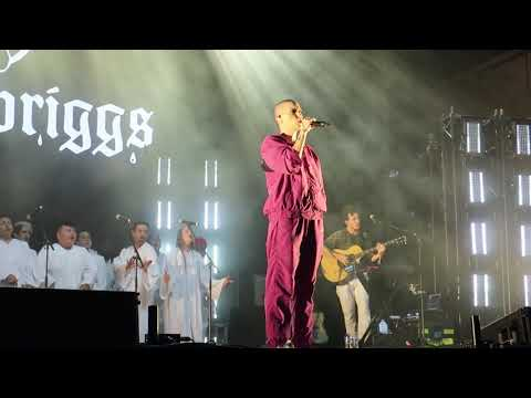 "Download Bishop Briggs ""Champion"" - Lollapalooza Chicago 8/2/2019 Mp4 baru"