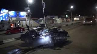 ДТП.  BMW  врезался в мусоровоз. Васильков 23:45 26.03.2017 г.