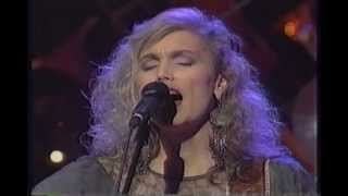 Watch Emmylou Harris Walls Of Time video