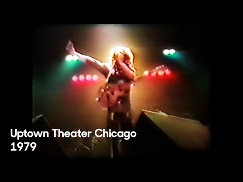 """download song """"Africa Unite"""" - Bob Marley live at Uptown Theater Chicago, 1979. free"""