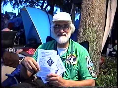 "Robert ""Ozzie"" Osband at Space View Park Titusville FL of STS-135 launch"