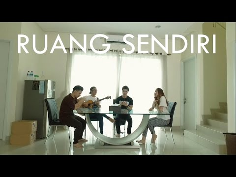 download lagu Tulus - Ruang Sendiri Eclat Ft. Christian Ama Cover gratis