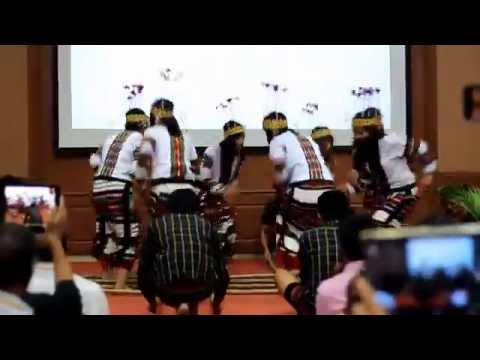 MPGSU [University of Hyderabad] performing Cheraw Dance at Ethne 2015