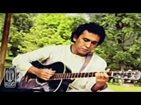 download lagu Iwan Fals - Kumenanti Seorang Kekasih gratis