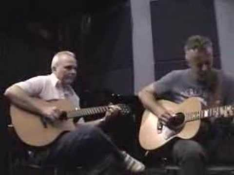 Tommy Emmanuel&Michael Johnson - Chet Atkins style