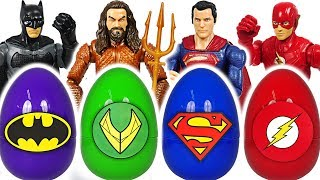 It's Dinosaur!! When PJ Masks touch Jutice League egg, it turn into Superman, Aquaman! #DuDuPopTOY