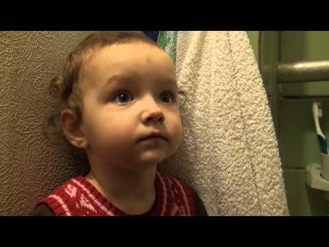 Как чистить зубки ребёнку.