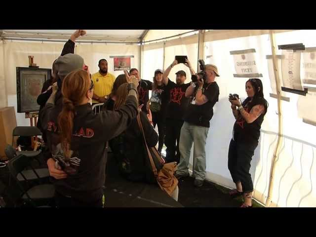 Bloodstock Signing tent proposal with Devil Driver