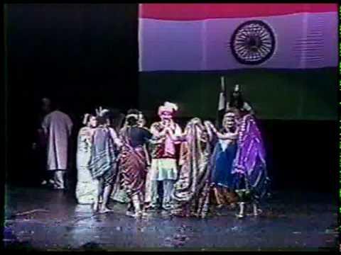 Jahan Daal Daal Par Sone Ki - Noor Vasaya video