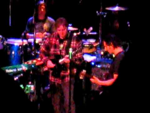 Dweezil Zappa Plays Zappa with Allan Holdsworth, guitar duel 1