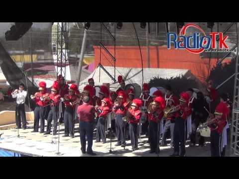 Presentación Marching Band del Colegio Unión y Progreso en San Juan, Tecamachalco.