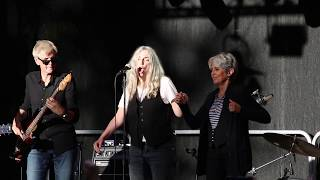 Patti Smith and Joan Baez ' 'People Have The Power' Stockholm Music and Arts 20160731