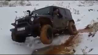 Jeep Wrangler JK! Mud and Snow playing!!
