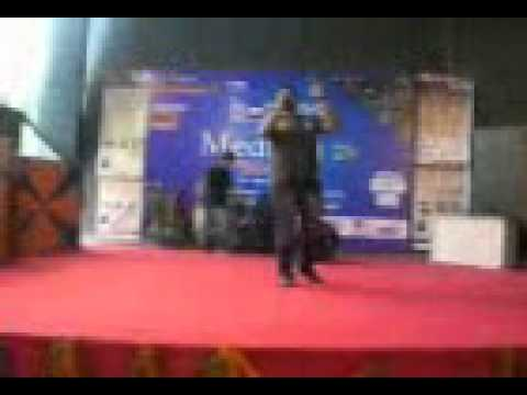 Aaina Mujhse meri by Aadarsh in our Media fest 24.3gp