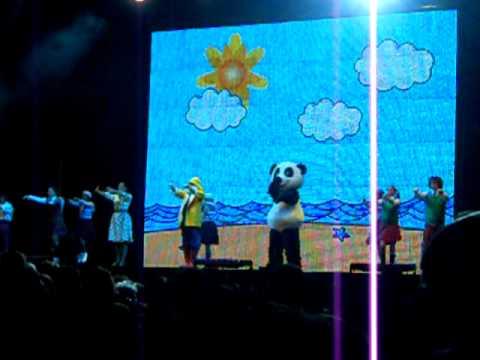 Panda Vai à Escola 4 Passeio pela cidade - Chu Chuá Lisboa Dez 2011.AVI