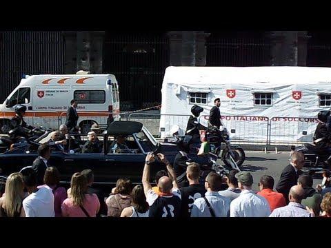 GIORGIO NAPOLITANO: PARATA MILITARE DEL 2 GIUGNO 2012