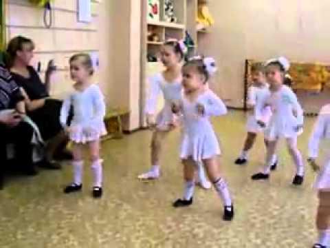 Russian girl dancing - YouTube