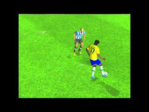 Посмотреть ролик - Real Football 2012 - iPhone/iPad - Launch trailer.