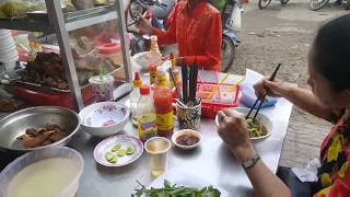Cambodian Cheap Street Food - Amazing Food In Phnom Penh - Asian Food