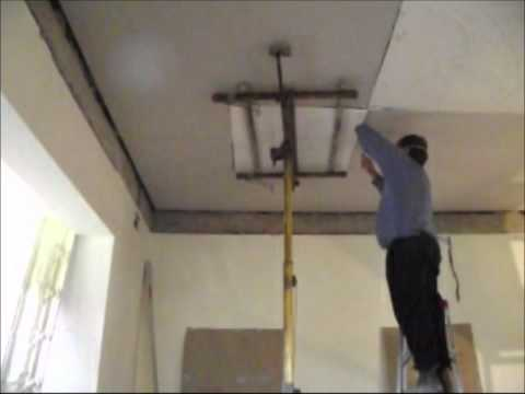 Plastering How to Install an Ornate Plaster Ceiling Part 12   www.hprs.net